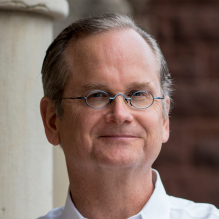 photo of Lawrence Lessig.